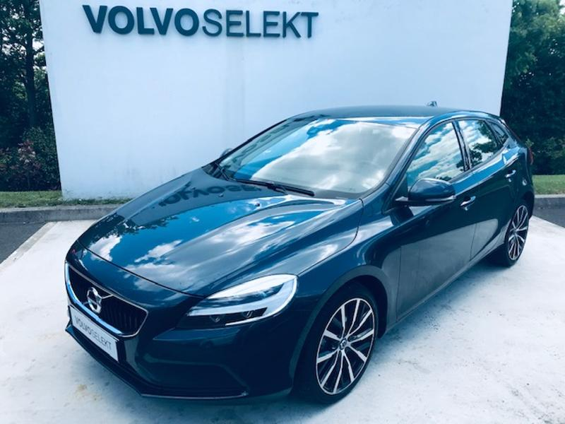 VOLVO V40 D2 120ch Momentum Business
